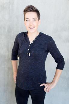 Katrine C. Fredheim