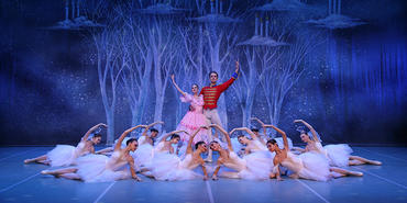 St. Petersburg Festival Ballet åpner «førjuls-ballet» i Kulturhuset